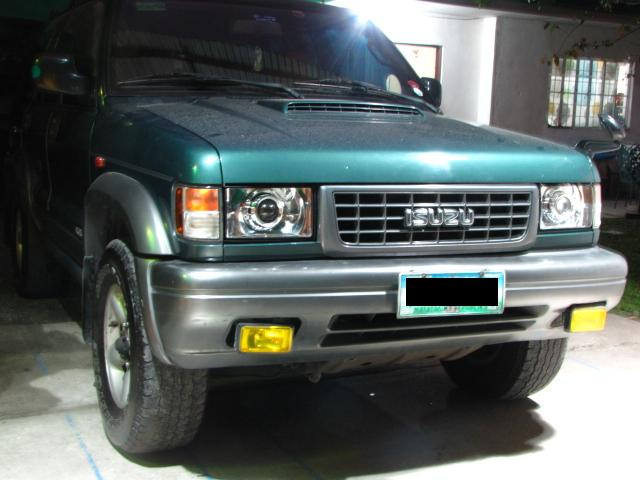 Isuzu Trooper Horn Headlight Retrofit