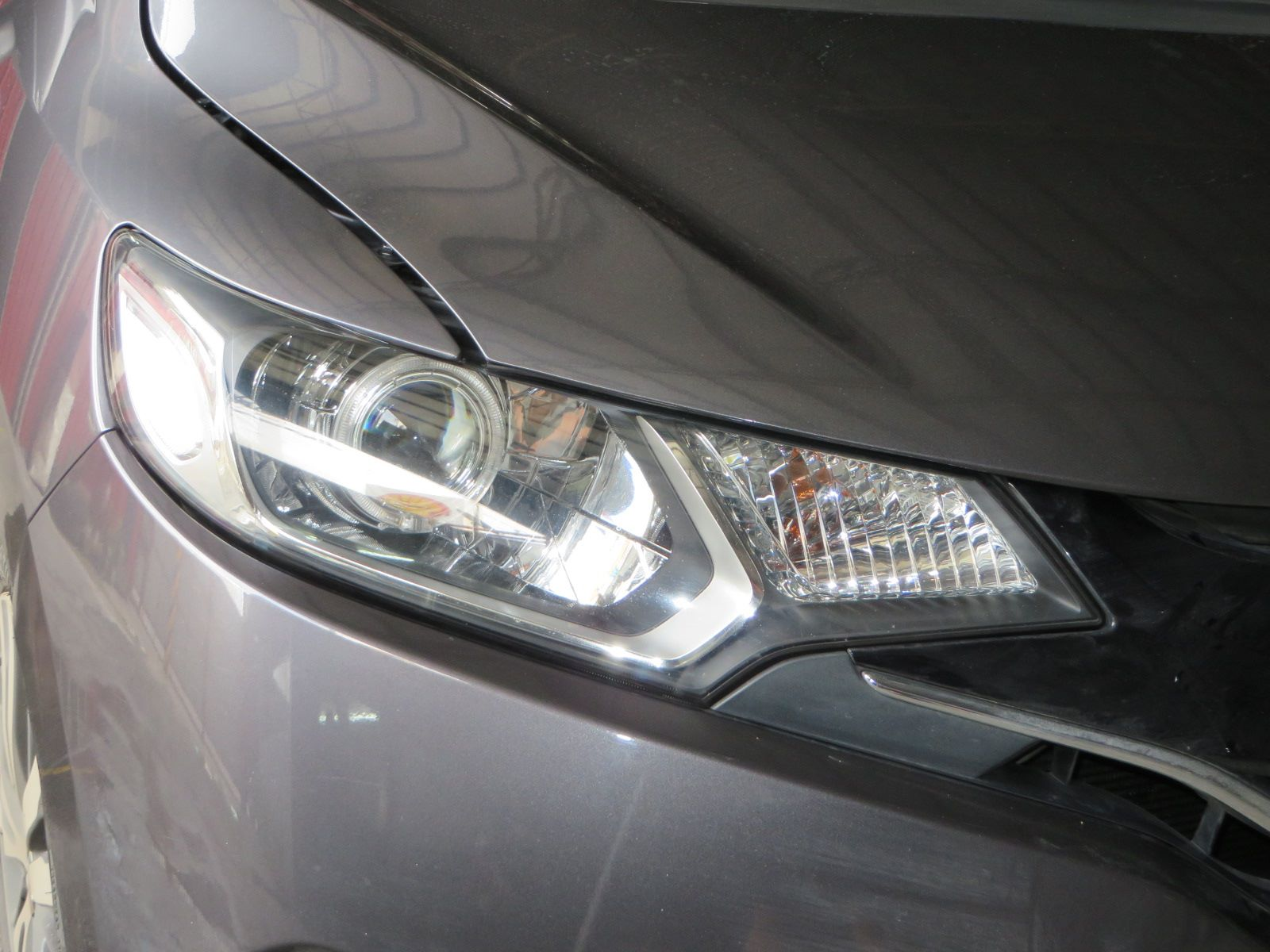 This GK gets our performance setup with 3″ bixenon projectors running 35w  and all weather bulbs.@ www.theretrofitshop.com
